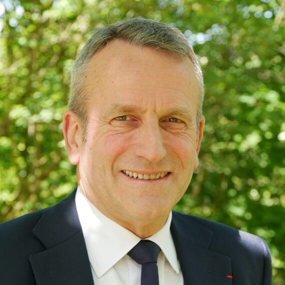 Cercle clé : Portrait de Pierre Pellé